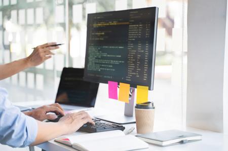 WEBアプリ開発技術者